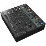 Behringer DJX 750 Dj mixer